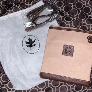 NWOT- Small tan Barrington Bag w/ duster bag
